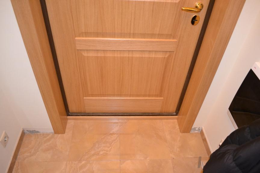 облицовка на входной двери