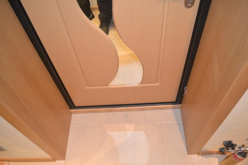 Обшивка межкомнатных дверей ламинатом своими руками 91