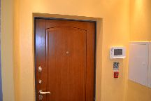 Откосы входной двери без отделки