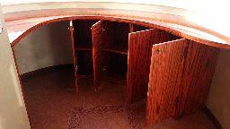 Встроенная мебель для балкона